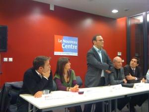 Patrick Luxembourger, Nathalie Colin-Oesterlé, Damien Abad, Roland Roth et Laurent Dap face à une salle conquise par l'intervenant